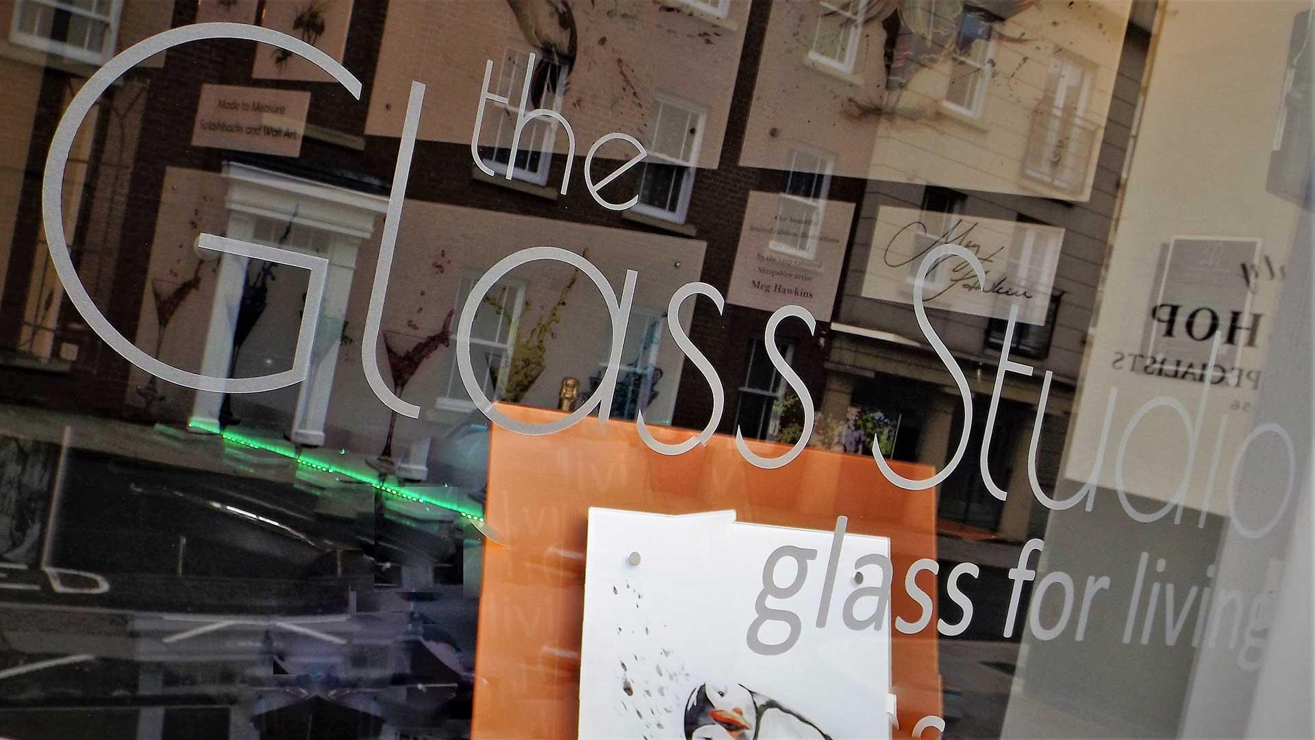 Glass Manifestation